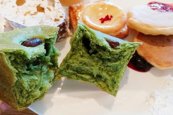 レストラン ゴコクの抹茶キューブというパンの画像